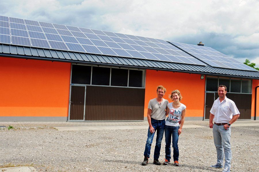 Wir sind sehr zufrieden und empfehlen jeden eine PV-Anlage mit einem Stromspeicher! Durch den Speicher wird die Anlage super optimiert!